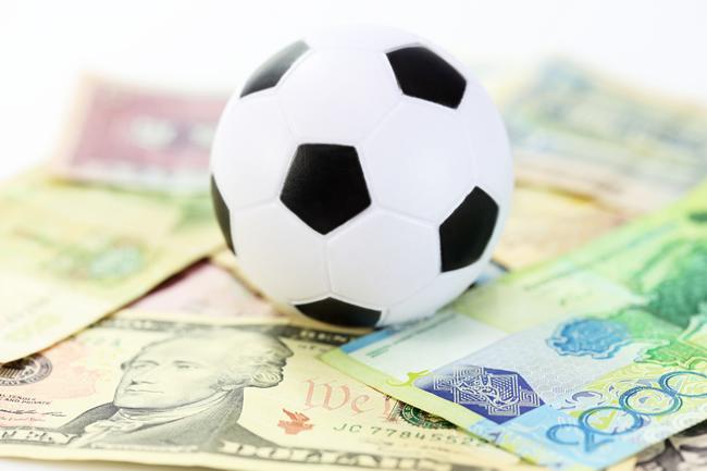 soccerball-money-650